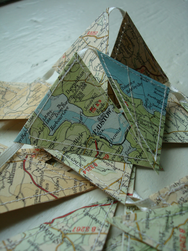 1m of vintage map mini bunting