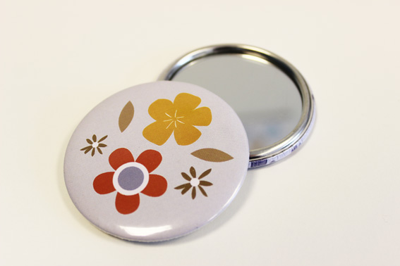 Retro flower pocket mirror