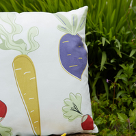 Vegetable pattern cushion