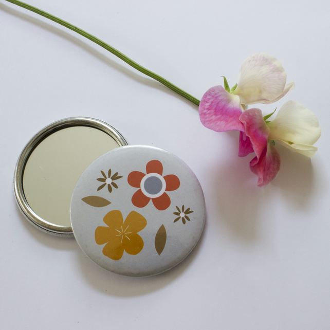 mirror - pocket mirror - retro flower design