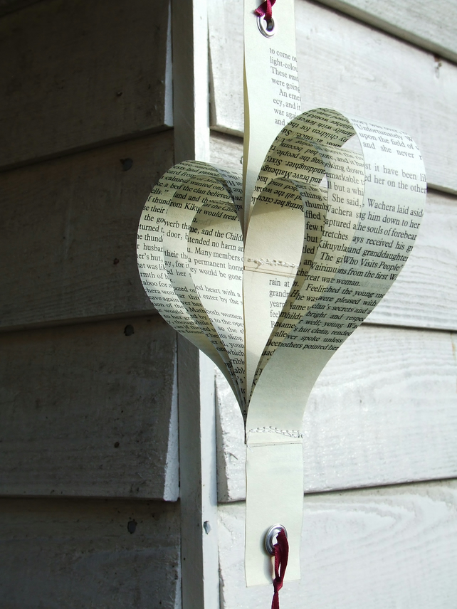 Vertical heart-string decoration!