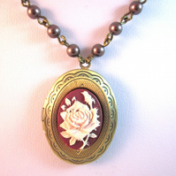 Victoriana Burgundy and Bronze cameo necklace with Linked pearls