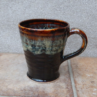 Coffee mug tea cup in stoneware hand thrown ceramic pottery handmade