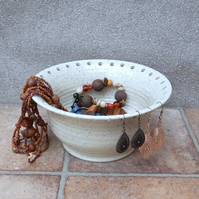 Jewellery earring bowl for organising and displaying your jewelry ceramic