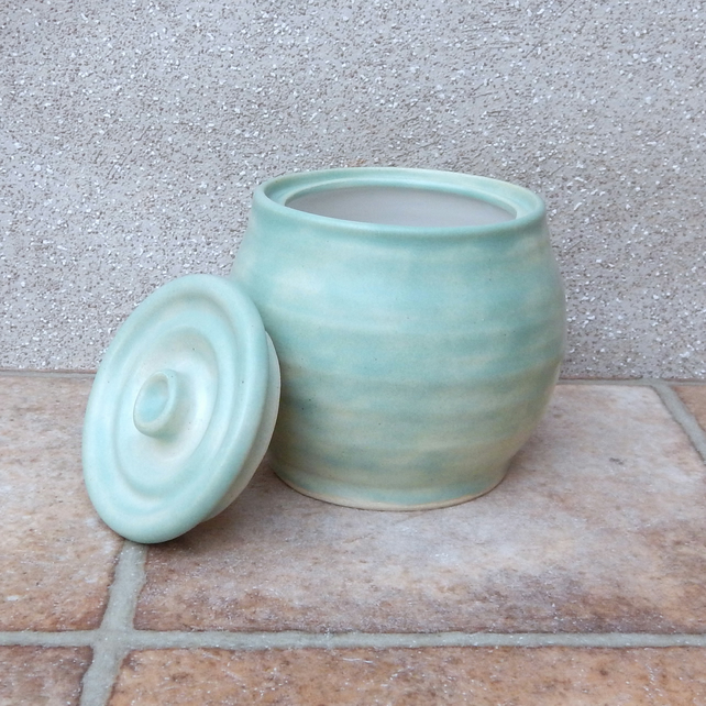 Honey or jam pot hand thrown jar in stoneware pottery