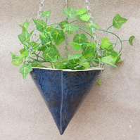 Hanging planter handmade in stoneware--fully weatherproof plant pot frostproof