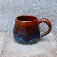 Cuddle mug coffee tea cup in stoneware hand thrown ceramic pottery handmade