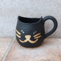 Lucky black cat cuddle mug coffee tea cup handmade in stoneware pottery ceramic