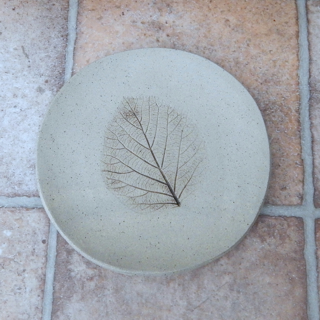 Handmade plate impressed with kiwileaf decoration stoneware dish pottery ceramic