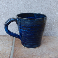 Coffee mug tea cup in stoneware hand thrown ceramic pottery wheelthrown