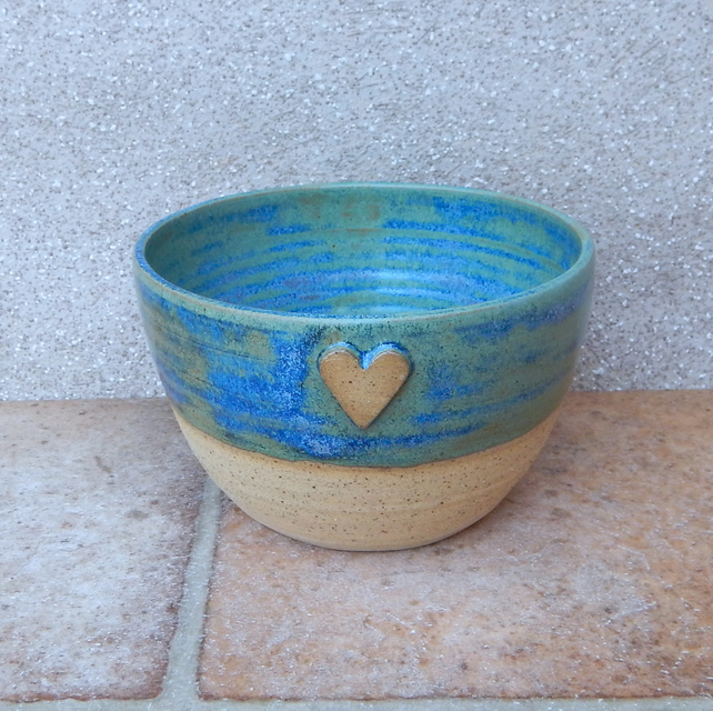 Soup, cereal, noodle, rice serving bowl dish hand thrown stoneware pottery heart
