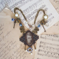 Tea with Rossetti Necklace