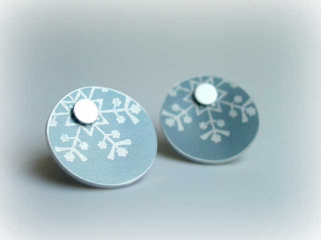 Snowflake winter earrings studs in silver grey