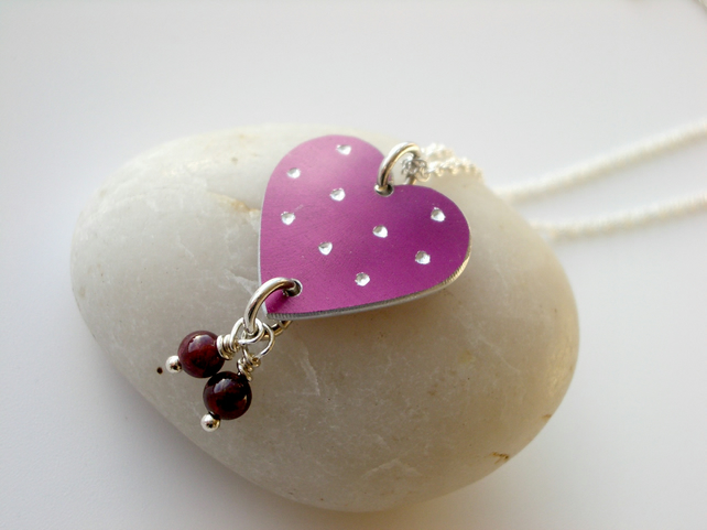 Heart necklace pendant in plum with garnets