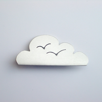 Cloud brooch with seagulls