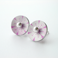 Flower circle studs earrings in pink