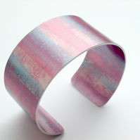 Cuff bangle in pink and blue
