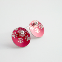 Christmas snowflake earring studs in red