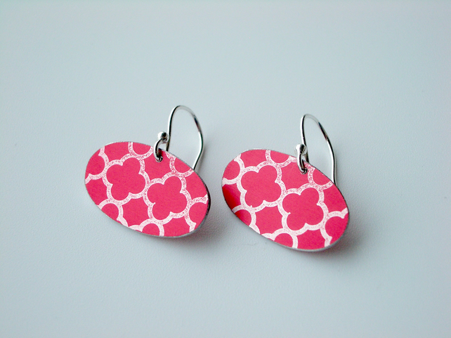 Moroccan tile style earrings in red