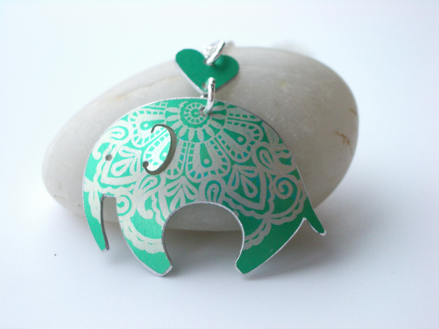 Elephant pendant necklace in jade green