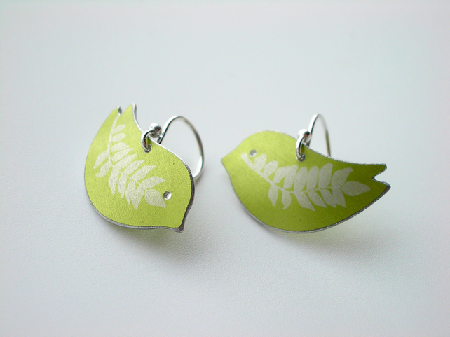 Bird earrings in green with fern leaf prints