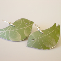 Bird earrings in green with leaf print