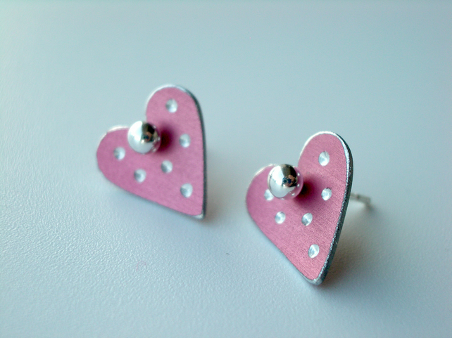 Heart pastel studs earrings in pink with sparkly dots
