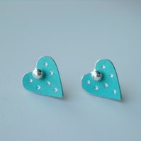 Heart pastel studs earrings in aqua with sparkly dots