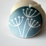 Cow parsley pendant necklace in dove grey