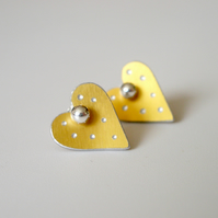 Heart pastel studs earrings in yellow with sparkly dots