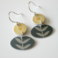 Folks art flower earrings in yellow and grey