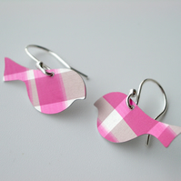 Bird earrings in pink and brown checks