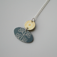 Folk art flower necklace in yellow