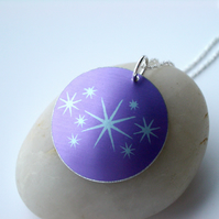 Star pendant necklace in purple and silver