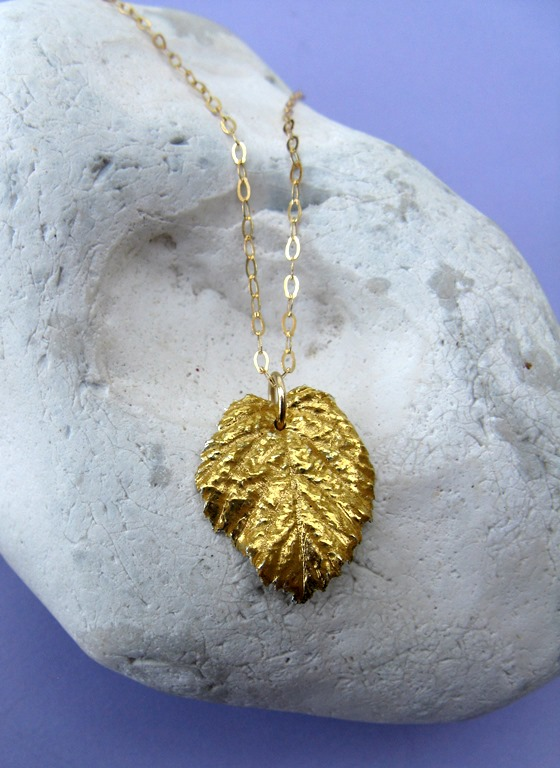 Gold bramble leaf necklace