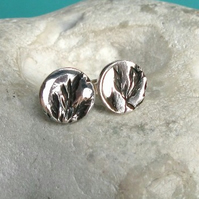 Fine silver stud earrings with grass seed pattern