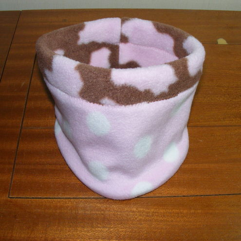 Fleece neckwarmer - milkshake reversible