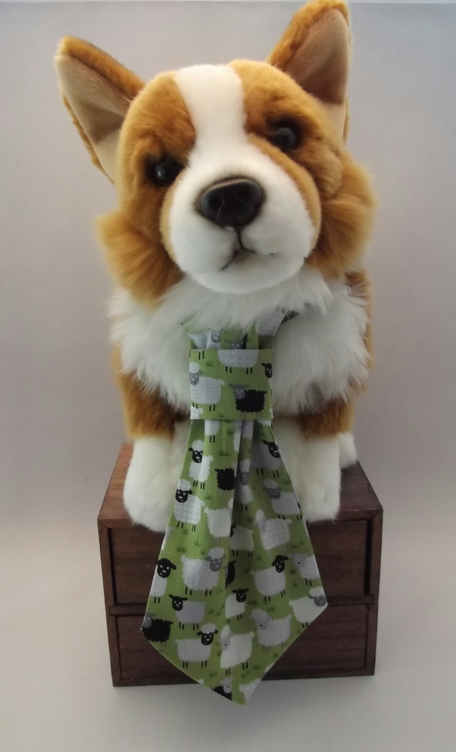 Flock of Sheep Fabric Dog Tie
