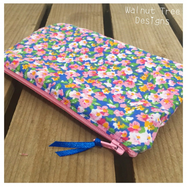 Floral Zipped Bag