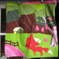 Pretty Foxy Skirt. XL Size 20 (hips)!