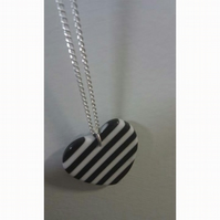 Black and White Heart & Chain *Free P&P*