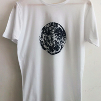 Mens printed white cotton T Shirt dark blue blue earth climate print