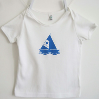 SailBoat  Babies and  Toddler organic white T shirt size 12-18 months