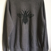 Bee mens unisex dark grey raglan sweatshirt organic cotton