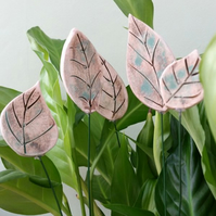 Set of 5 Ceramic Leaf Planter Decorations