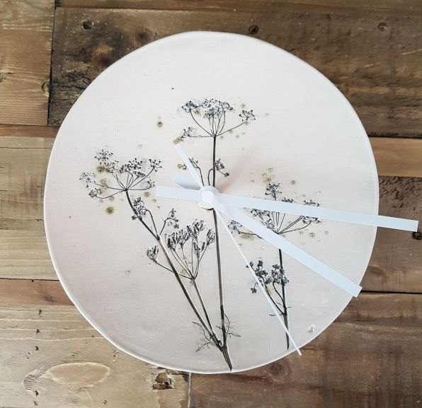 Grey Cow Parsley Round Ceramic Clock