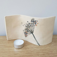 Grey Wild Flower Ceramic Curve