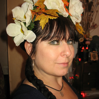 Beautiful autumnal white anemone and leaf headband headdress