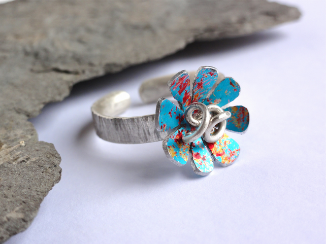 Spring flowers ring