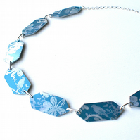 Printed bird and flower necklace